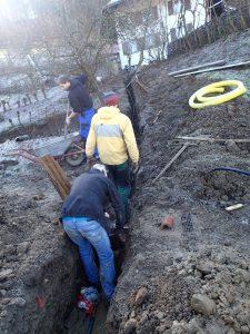 Nicht geplant war der Wasserrohrbruch und das Verlegen von 40m neuer Wasserleitung.